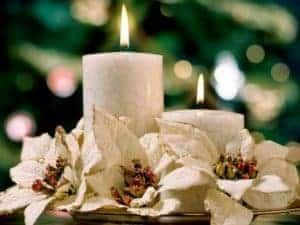 11.fond ecran bougie et fleurs de noel 300x225 Joyeux Noël 2010 !