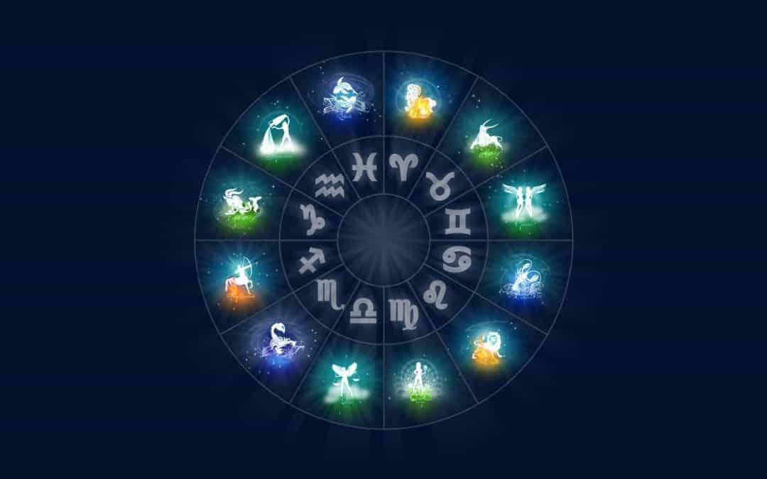 Astrologie Karmique : Déchiffrez vos Vies Antérieures pour Changer votre Vie